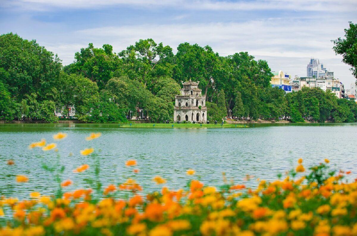 Kinh nghiệm du lịch Hà Nội tự túc, chia sẻ địa điểm tham quan đẹp tại Hà Nội